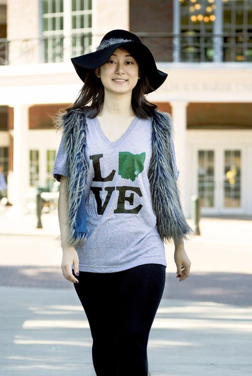 WOMEN'S LOVE OHIO V-NECK T-SHIRT