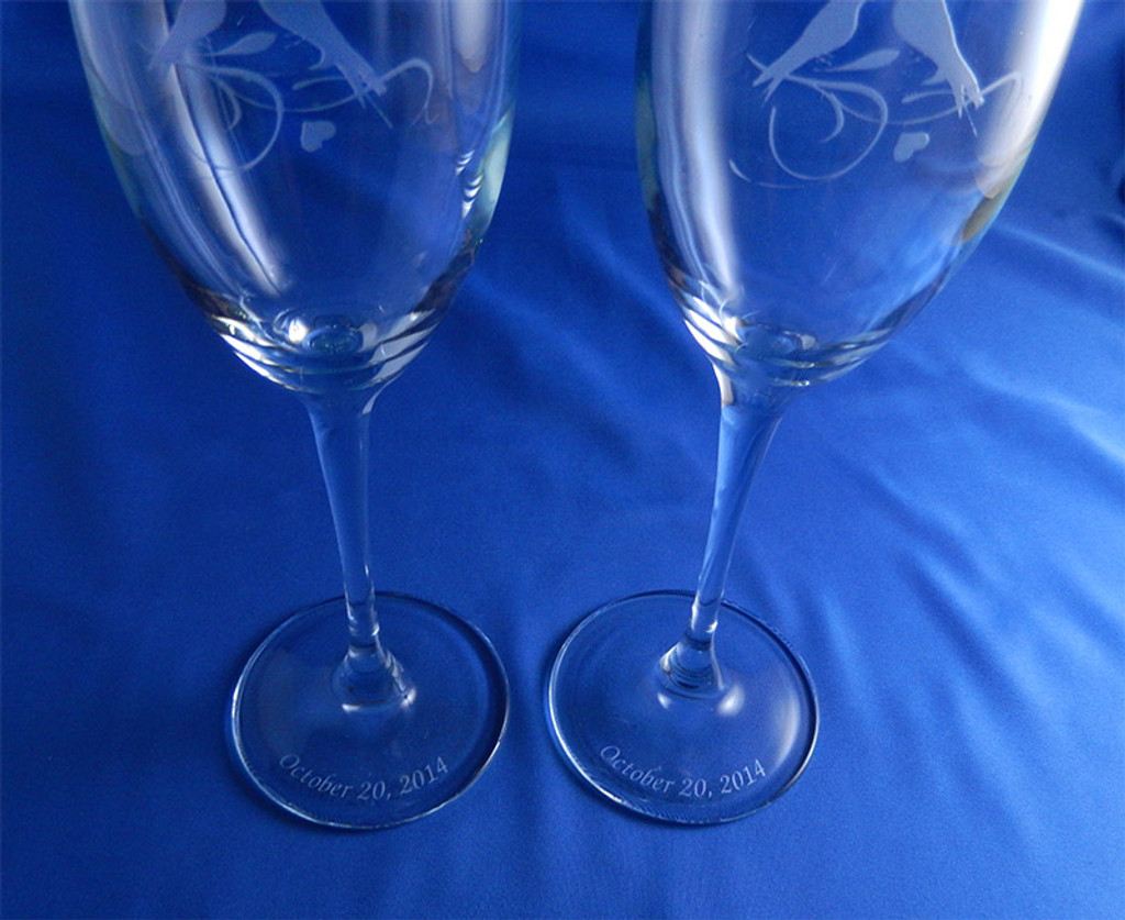 True Lovebirds Matching Frame and Flutes 3pc Wedding Set - Flutes Etched on Base