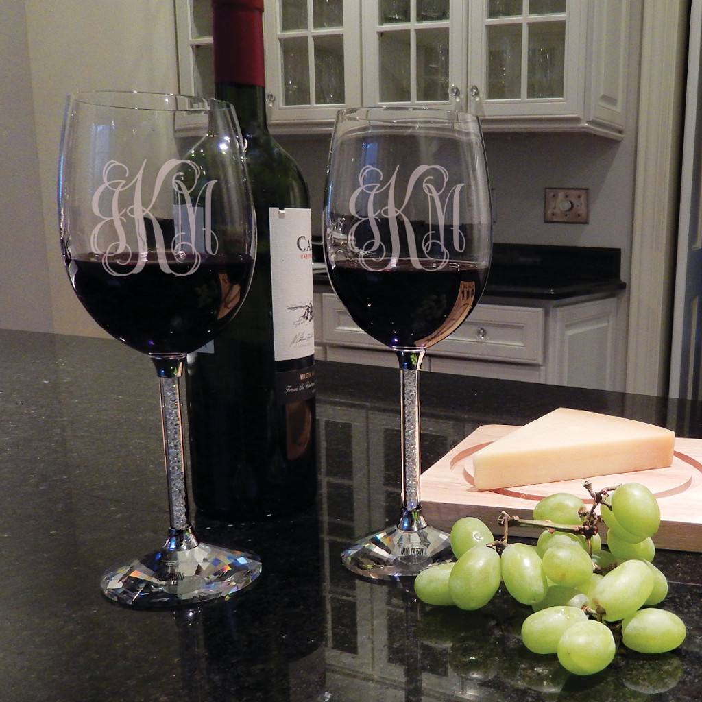 Personalized Clear Diamond Wine Goblets with Red Wine