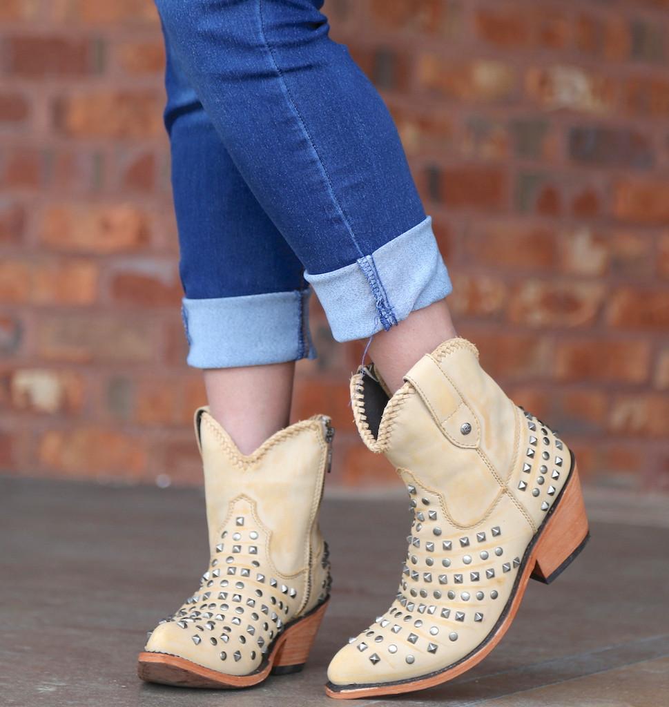 Liberty Black Fiona Short Studded Zipper Beige Boots LB71301 Toe