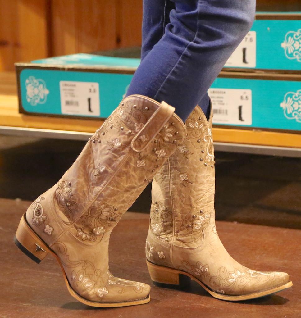 Lane Sweet Paisley Bone Boots LB0349B Toe
