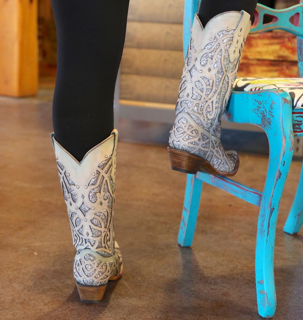 Corral White Turquoise Glitter Chameleon Boot C3377 Indoor Photo Heel