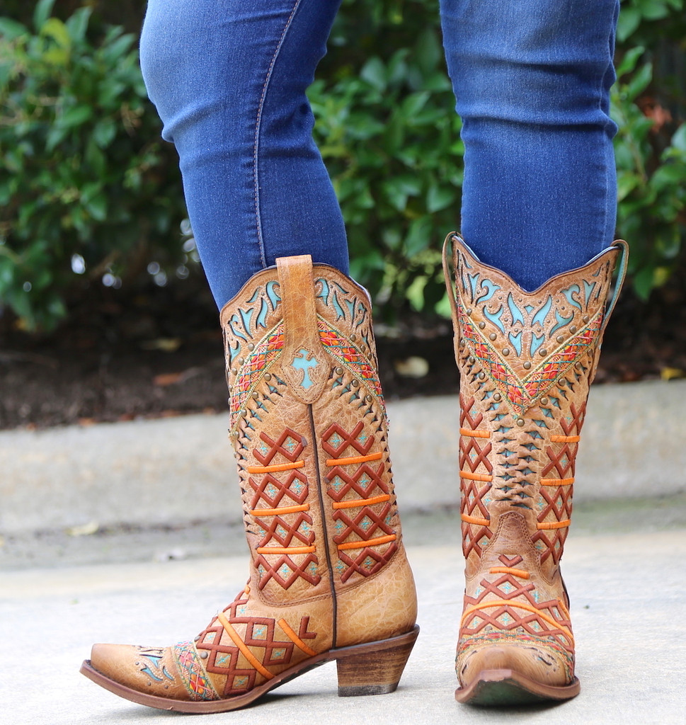 Corral Straw Inlay Embroidery Studs Boots C3284 Image