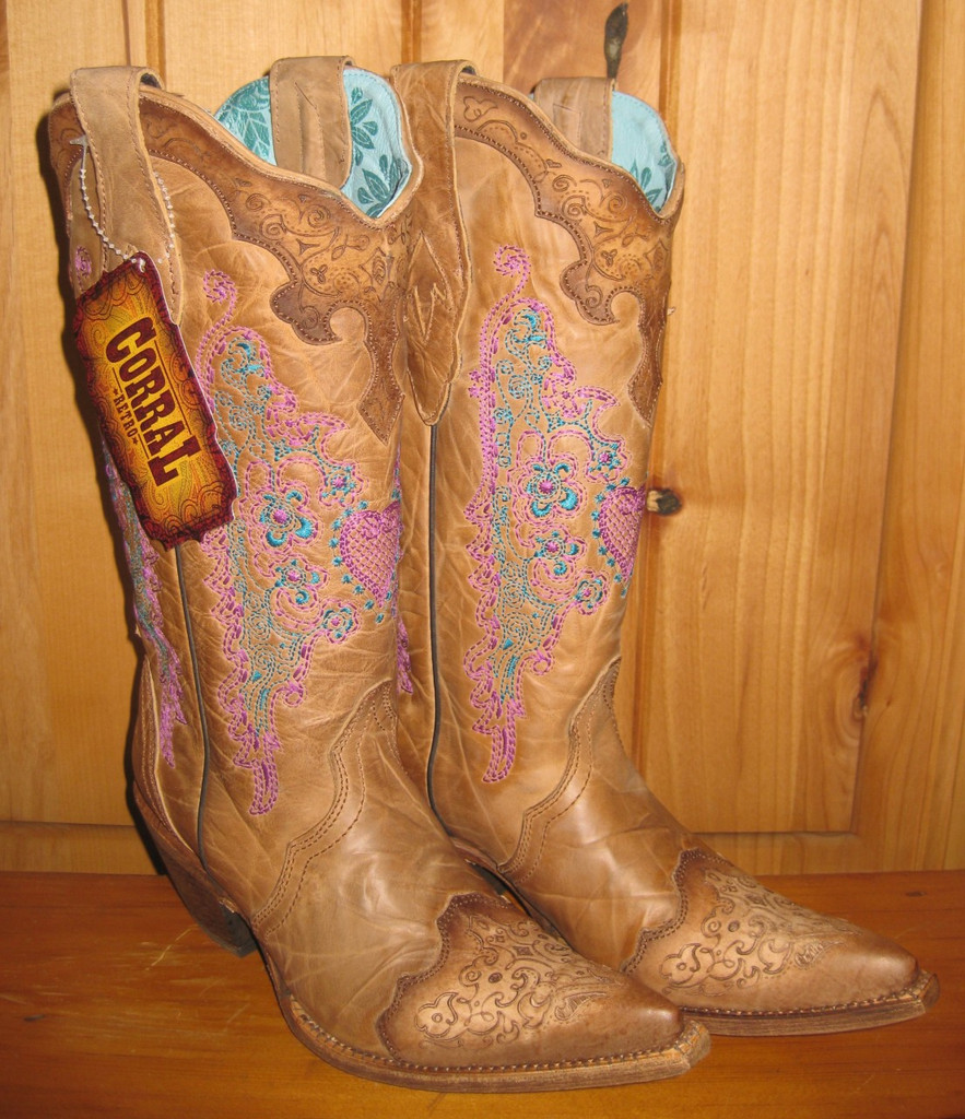 Corral Brown with Pink Heart and Lace Boots C1608