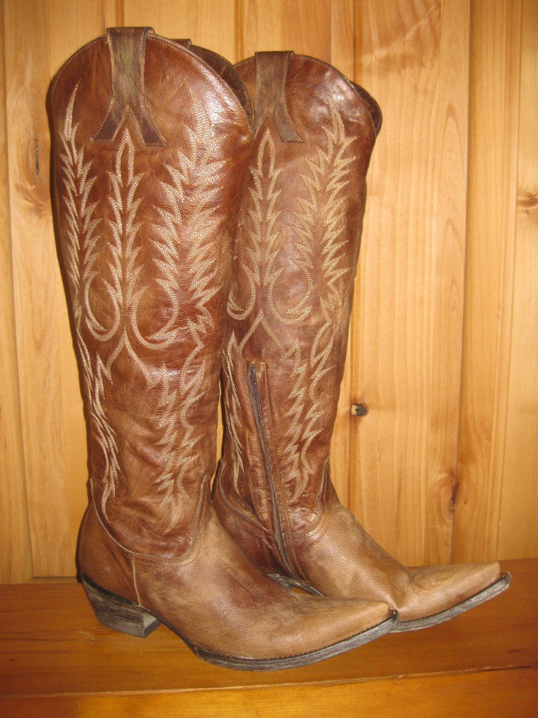 Old Gringo Mayra Brass Boots L601-3 Right