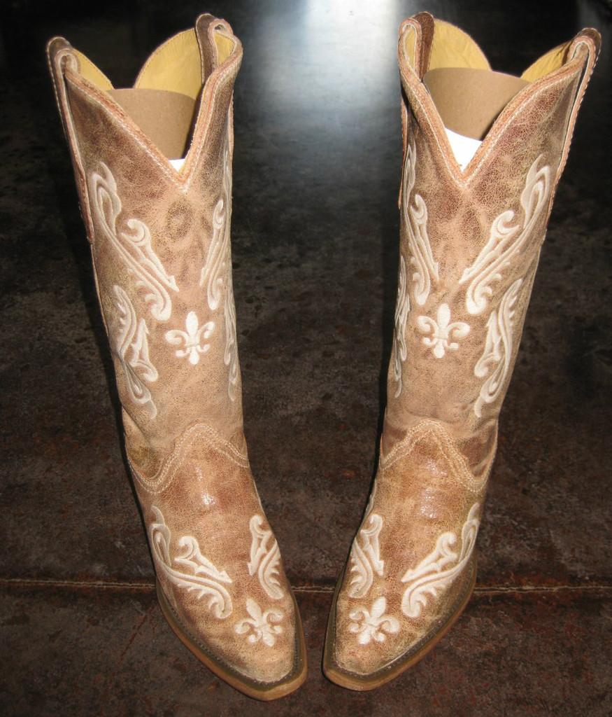 Corral Honey Cortez Boots R1974 Toe Picture