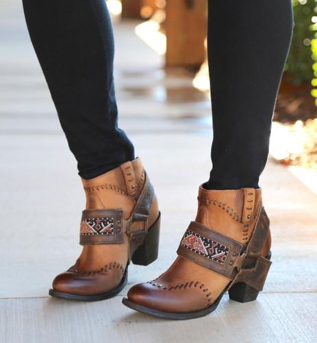 Lane for Double D Ranch Cordero Rizado Tan Boots DD9046A Image