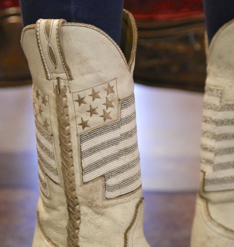 Old Gringo Eleanor Taupe Beaded Flag Boots L2961-2 Detail