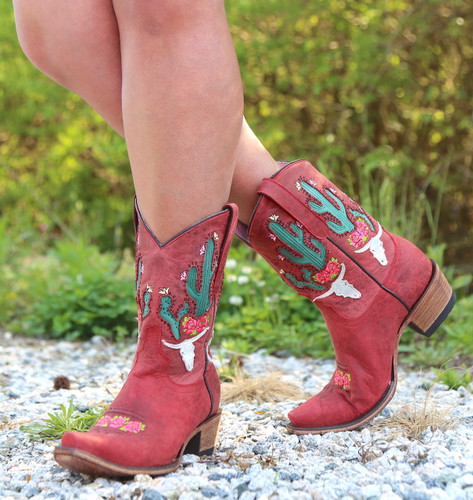 Junk Gypsy by Lane Bramble Rose in Red Boots JG0015D Photo