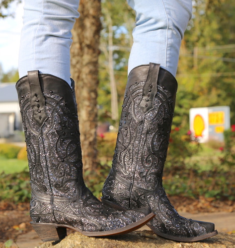 Corral Black Glitter Inlay and Studs Snip Toe Boots C3423 Photo