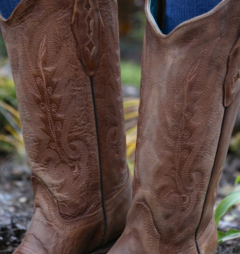 Corral Vintage Tan Cowhide Boots C1928 Stitching