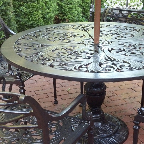 "Filigree Design 49"" Diameter Dinning Table with Pedestal Leg"