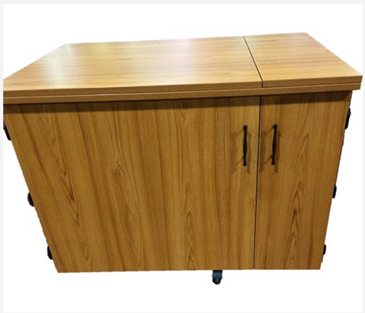 Sylvia 2400q Super Large Opening Cabinet With Quilt Leaf