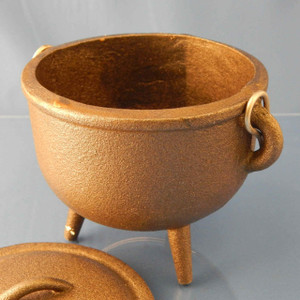 "4.5"" Plain cast iron Cauldron"