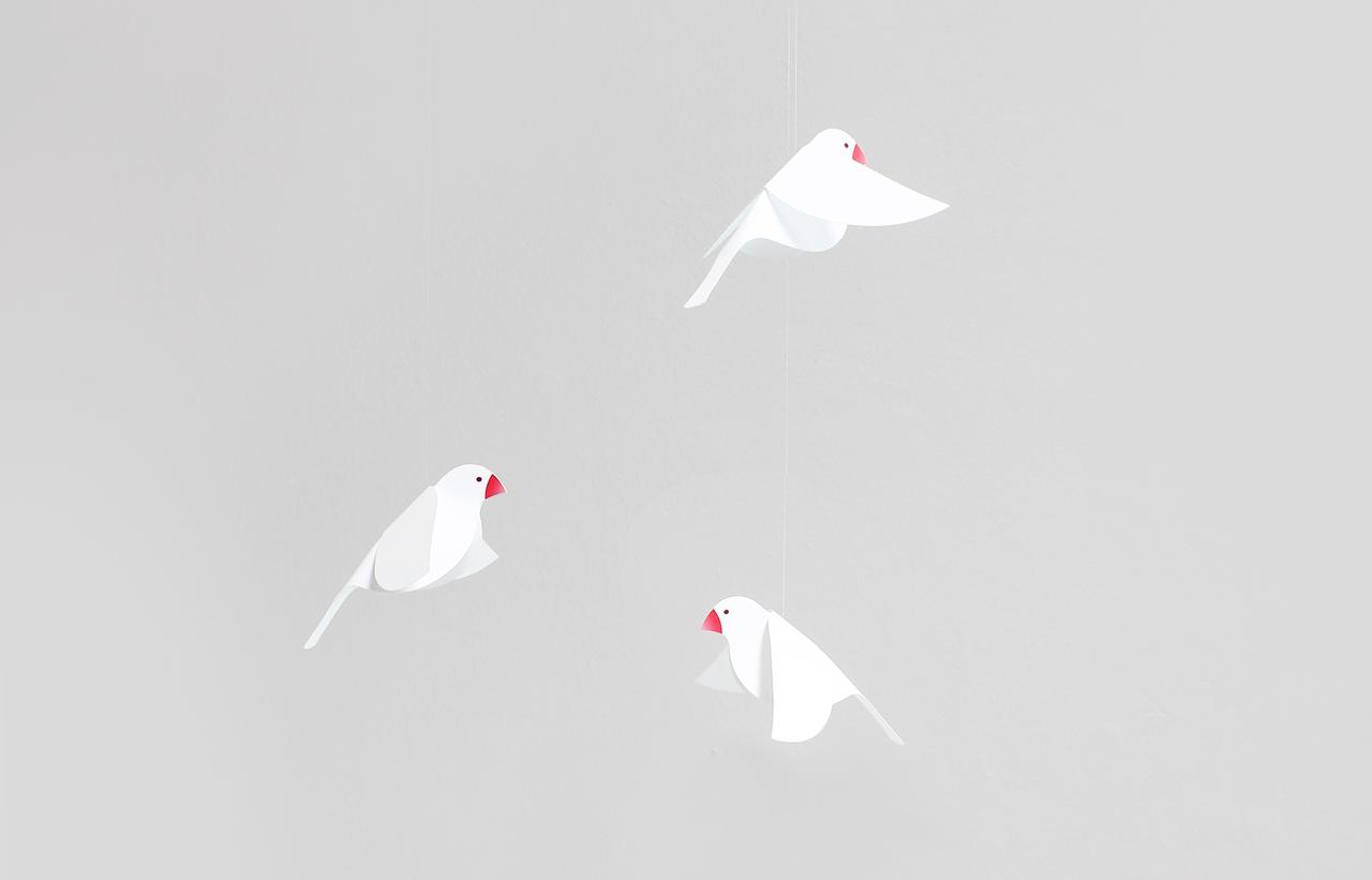 Joosepino Java Sparrow Mobile, White