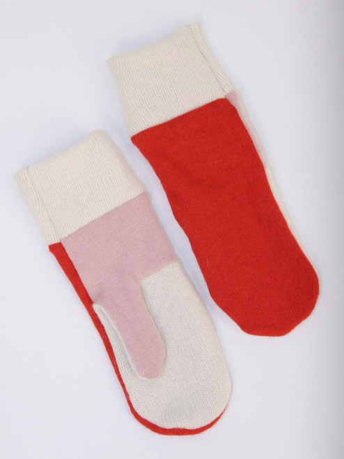 Betty Mitts Strawberry n Cream - Recycled Material
