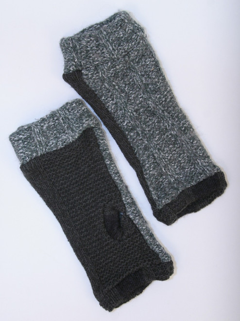 November Mitts Grey Whale - Recycled Material