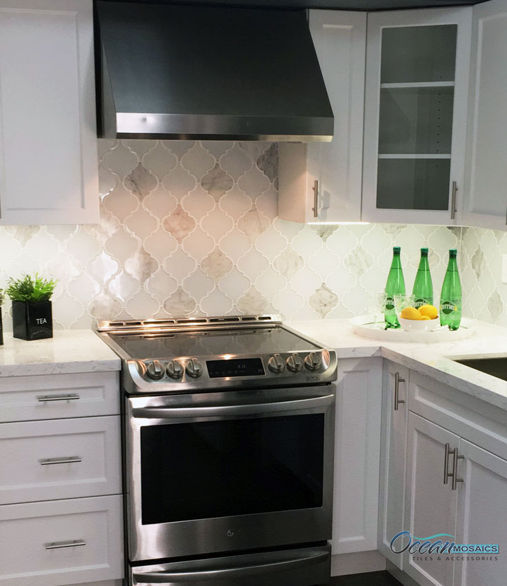 clover-arabesque-blanco-kitchen-backsplash-ocean-mosaics.jpg