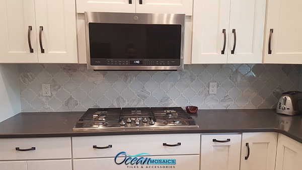 clover-arabesque-blanco-white-backsplash-kitchen.jpg