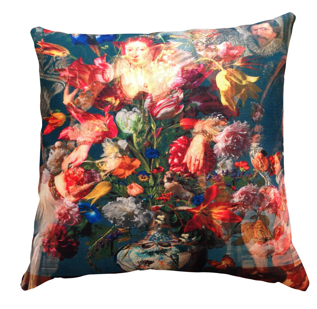 Cushion - Countess with Flowers