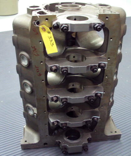 NEW GM RACING #12480050 MID DECK BLOCK