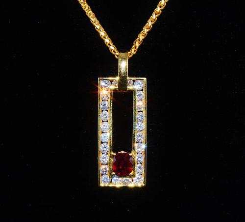 Certified Natural 2.48CTS VS G Diamond Garnet 18K Solid Gold Pendant Necklace