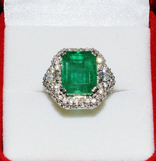Certified Natural 11CTS VS F Diamond Zambian Emerald 18K Solid Gold Ring