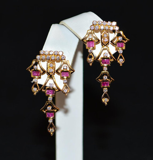Certified Natural 1.75Cts VS G Diamond Ruby 750 18K Solid Gold Art Deco Earrings
