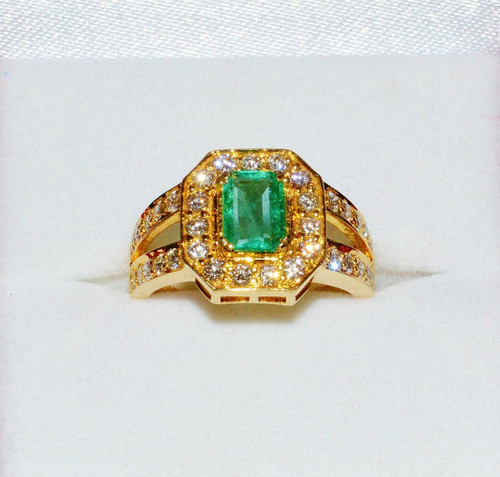 Certified Natural 1.8CTS VS F Diamond Emerald 18K Solid Gold Ring