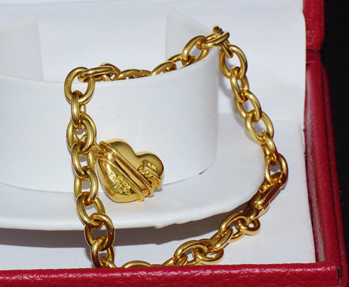 Authentic 18K 750 Solid Gold Tiffany & Co. Arrow Heart Puff Charm Bracelet