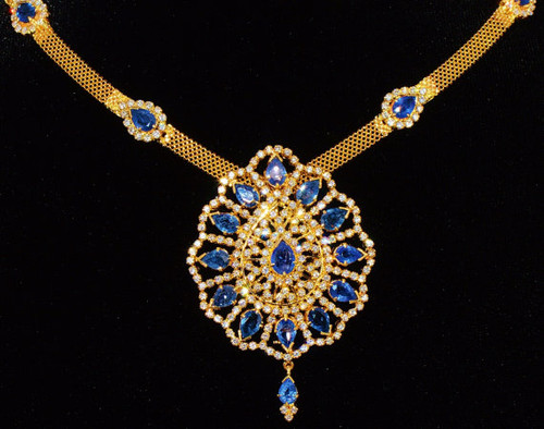 Certified Natural 19.3CTS VVS F Diamond Sapphire 18K Solid Gold Pendant Brooch Necklace