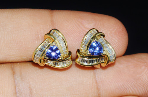 Certified Natural 2.56CTS VS G Diamond Tanzanite 18K Solid Gold Cluster Earrings