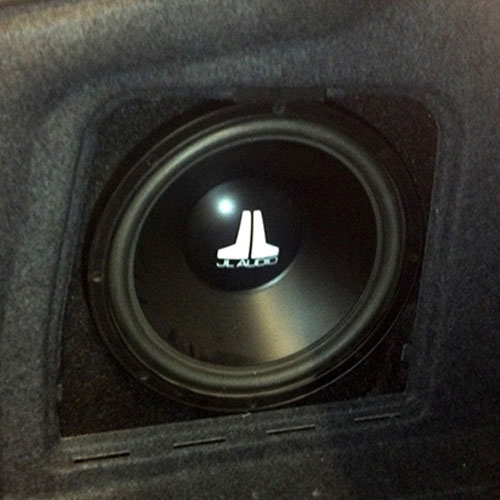Amplifier &amp Subwoofers Installation
