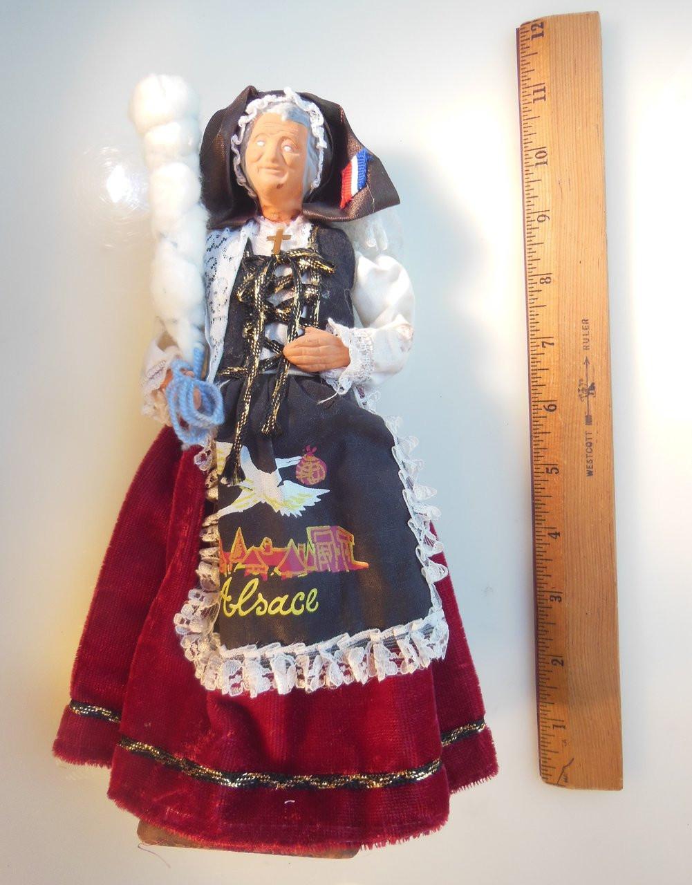 Antique woman doll, Santohs Yolanda France