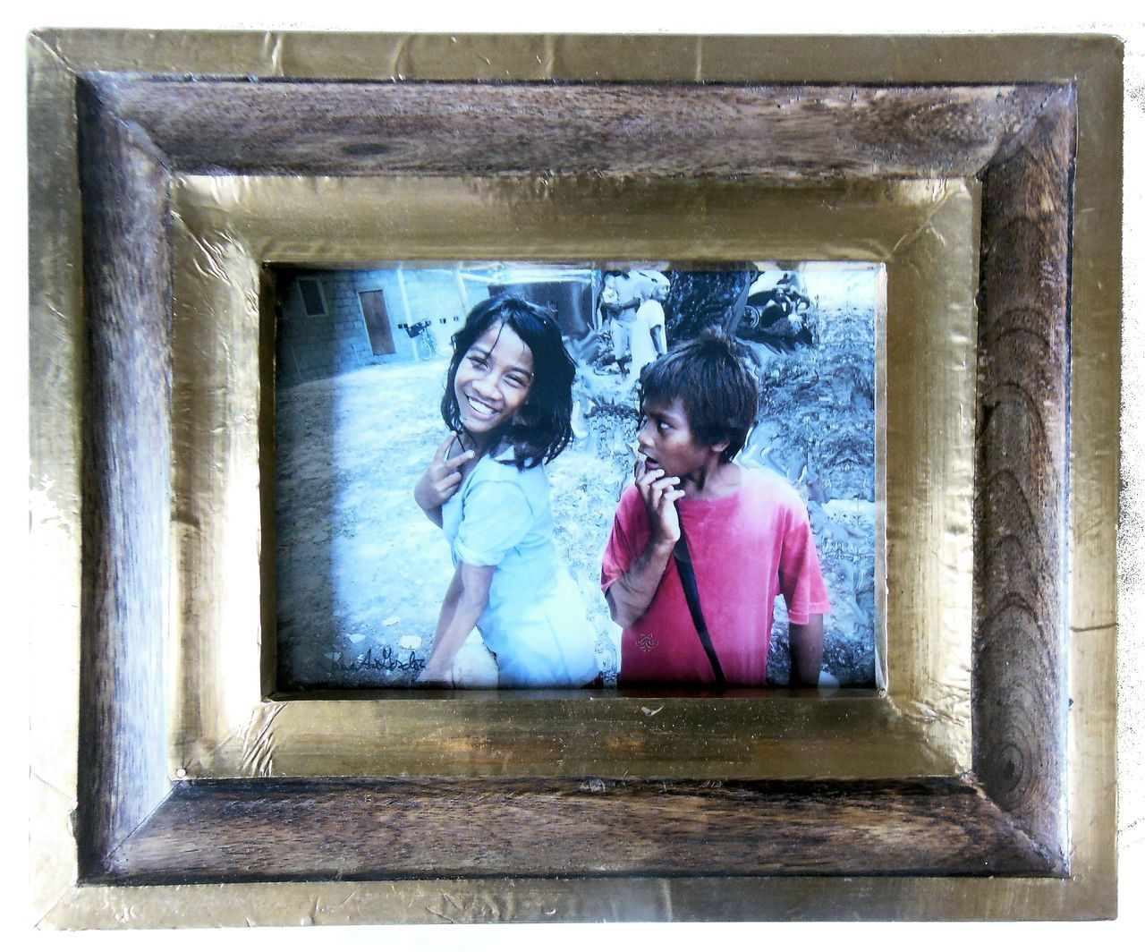 """Fanning Island: Peace and """"What?"""" - Signed and framed photo by Jane A Gordon"""