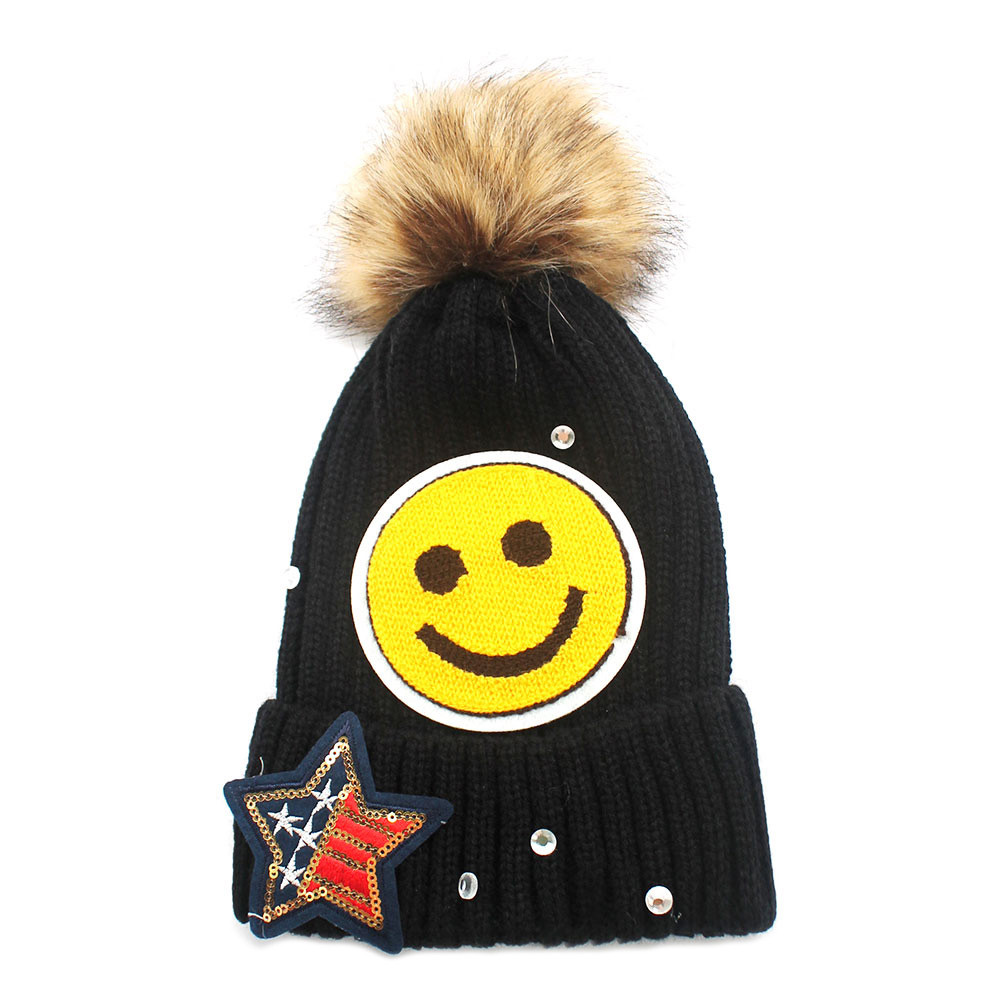 Star Smiling Face Emoji Knitted Beanie Hat Black