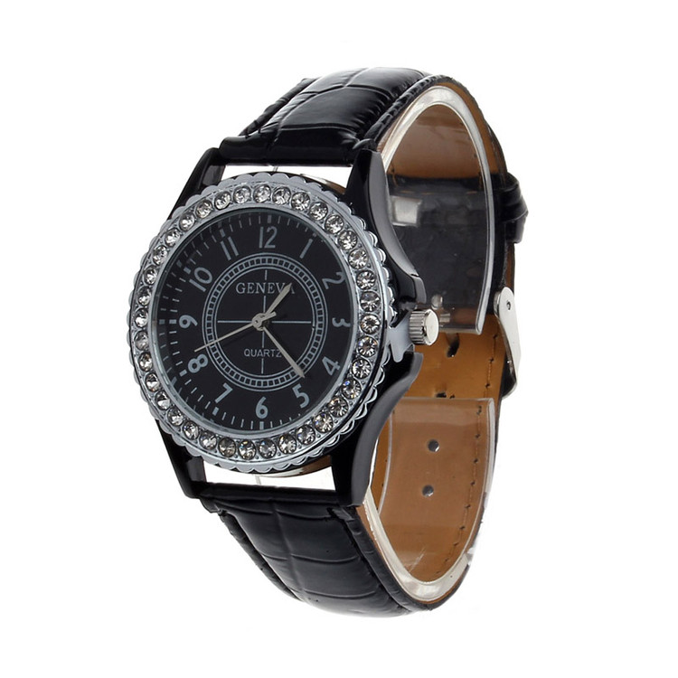 Leather Crystal Dial Ladies Classic Wrist Watch Bracelet