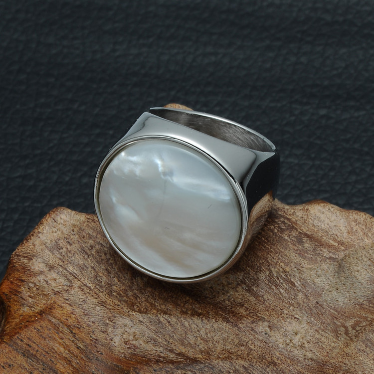 Women's Elegant Milky Round Pearl Natural Shell Silver Big Stone Titanium Ring