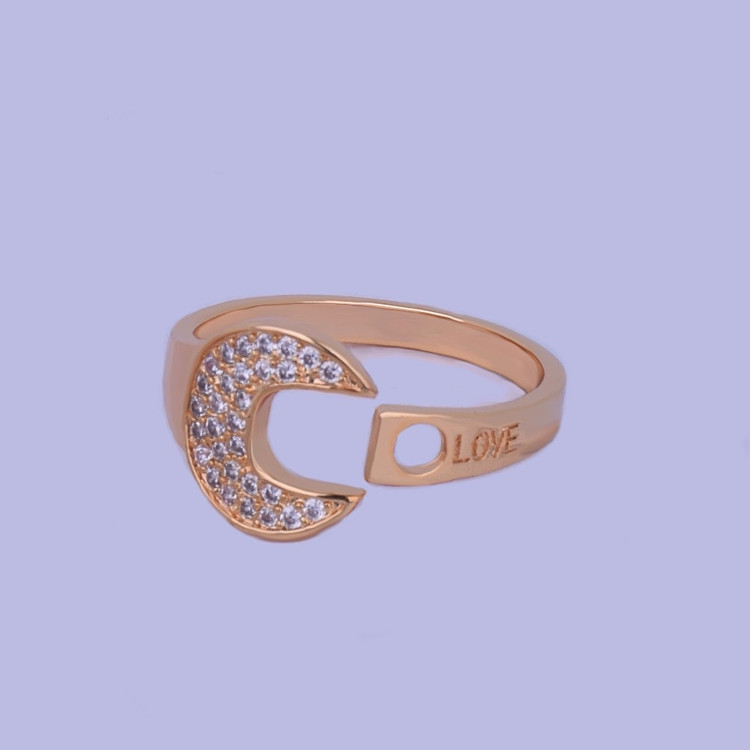 TIGHT LOVE Logo Iced Out Fashion Ring