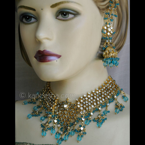 Golden Polish Necklace & Earrings