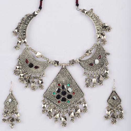 Stylish Oxodize Necklace Set