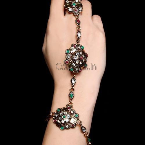 Gorgeous Golden Kundan Studded Finger Ring Bracelet
