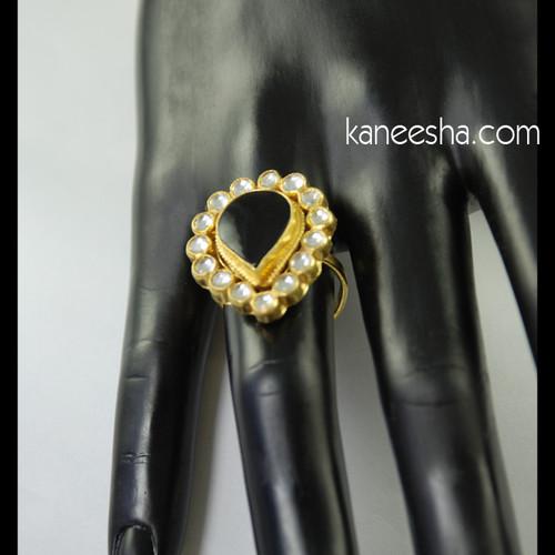 Leaf Shape Kundan Ring