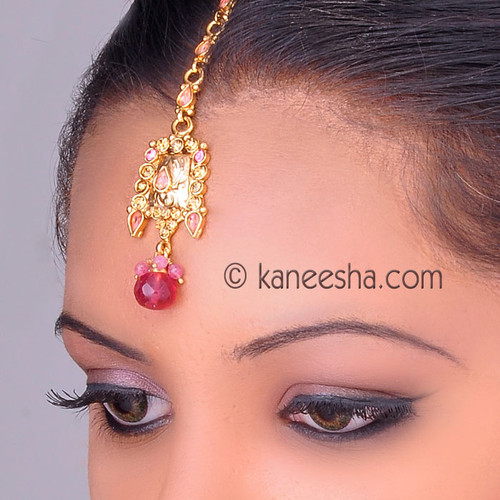 Traditional Gold Plated Headpiece Tikka