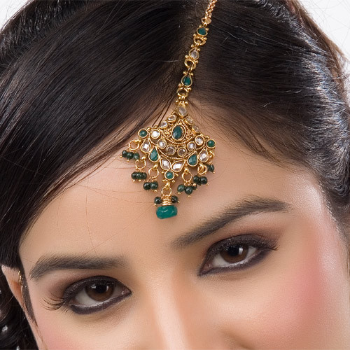Goldplated Green Beaded Headpiece Tikka