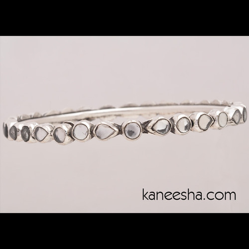 Stylish Bangle Bracelet Encrusted With Glossy Stones