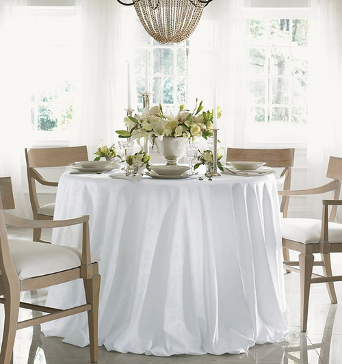 Charmant Sferra Acanthus Round Tablecloth