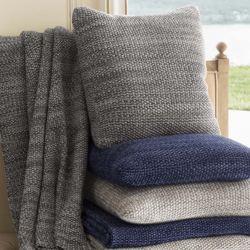 Decor Decorative Textiles Throws Page 1 Gracious Home