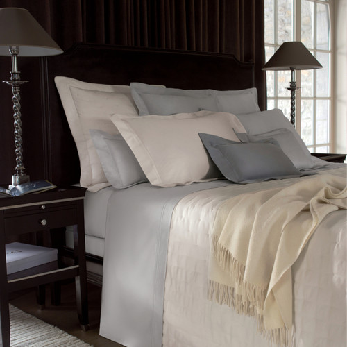 Perfect Yves Delorme. Yves Delorme Triomphe Quilted Coverlet