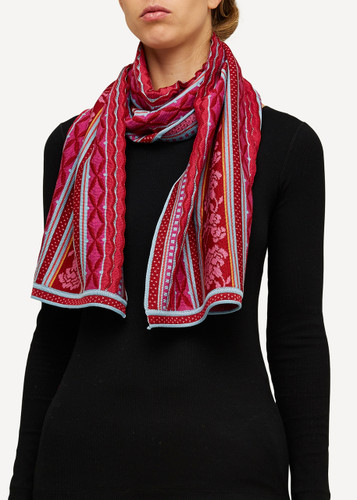 Grete Oleana Shawl, 314R Red